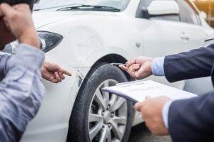 Auto Schadengutachten Unfall