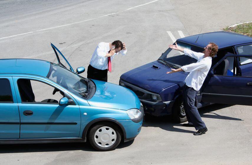 Autounfall Ärger Kfz-Sachverständige Hilfe
