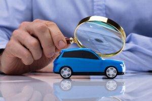 Lupe Auto Prüfung Gutachten